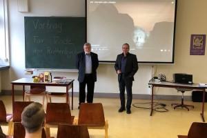 """""""Fairtrade"""" Vortrag durch Herrn Röthenbücher"""